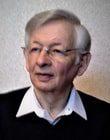 Фотка репетитора по математике Семенова БС